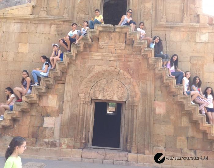 8ա դասարանի աշակերտների էքսկուրսիան դեպի Հայաստանի տեսարժան վայրեր: